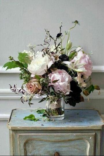 como hacer arreglos florales en jarrones de vidrio