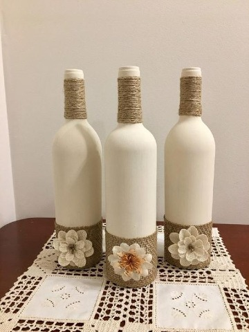 que se puede hacer con botellas recicladas de vidrio