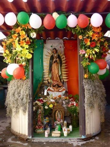altares para virgen de guadalupe grandes