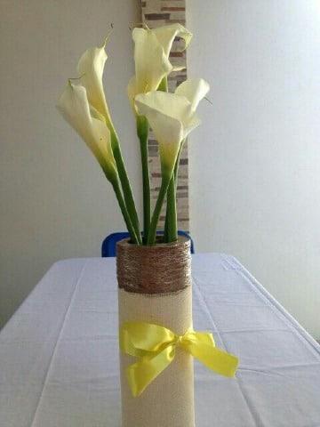 como hacer un florero de carton facil