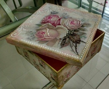 cajas decoradas con servilletas facil
