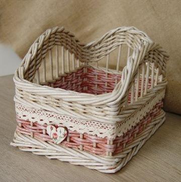 como hacer cestas de mimbre decoradas
