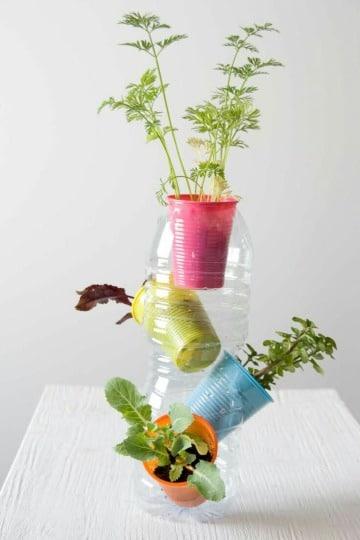 trabajos reciclados con botellas sencillos