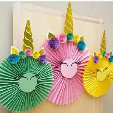 manualidades con papel arcoiris para decoracion