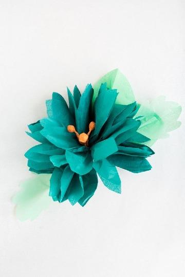 como hacer flores de papel globo facil