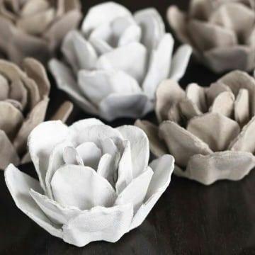 flores con carton de huevo paso a paso