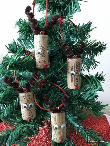 manualidades con reciclaje para navidad con corcho