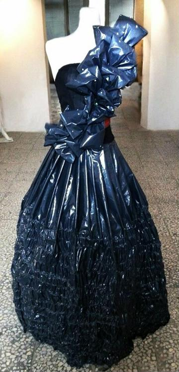 como hacer vestidos reciclados de bolsas plasticas