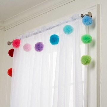 cosas hechas con pompones de lana decoracion