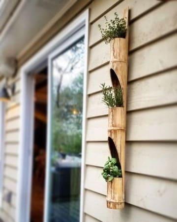 adornos hechos de bambu para el jardin