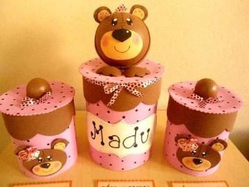 latas decoradas con foami facil de hacer