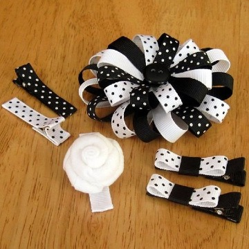 manualidades con botones y cintas para niñas