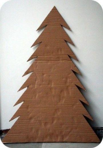 arboles hechos con carton de navidad