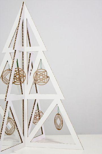 arboles navideños de carton minimalistas