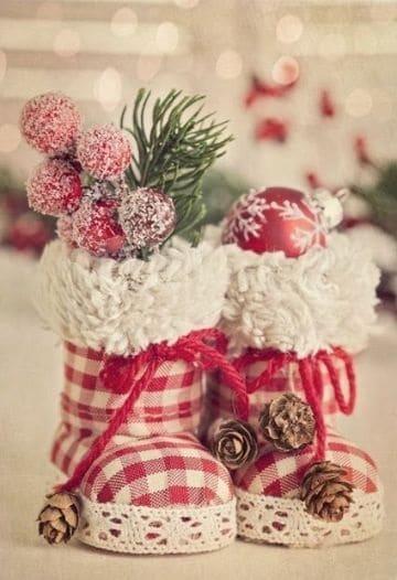 botas navideñas con tela y flores