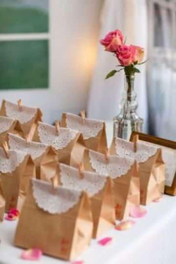 cotillon para despedida de soltera con bolsas de carton