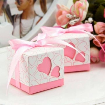 cajas hechas con cartulina para fiestas