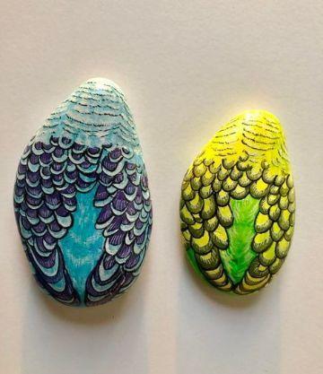 conchas pintadas a mano con forma de sirena