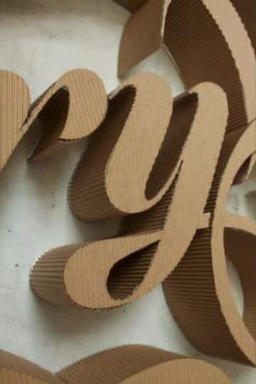 letras hechas de carton corrugado