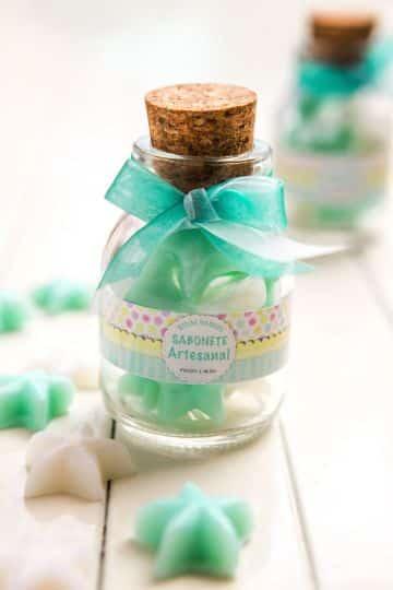 souvenirs hechos con corchos para bautizo