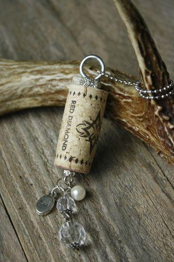 souvenirs hechos con corchos para cumples