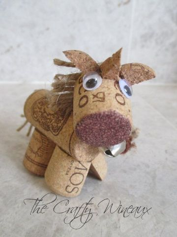animales hechos con corchos para decorar