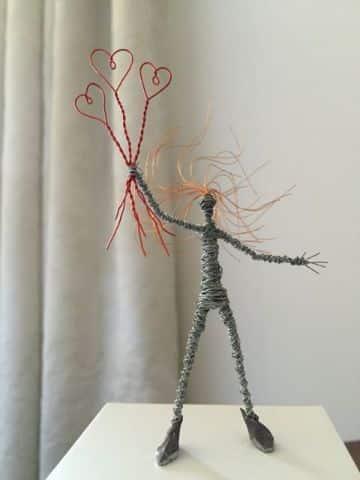 figuras con alambre de cobre para decorar