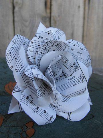 manualidades con folios de papel faciles
