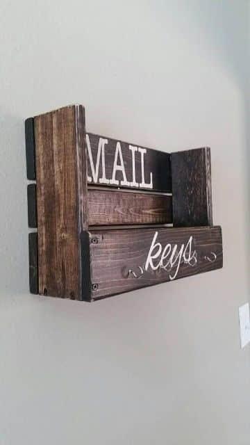 manualidades con madera reciclada para ordenar