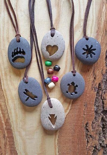 manualidades con piedras de playa para regalar