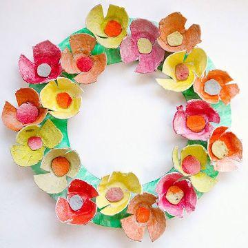 flores de carton de huevos para cumpleaños