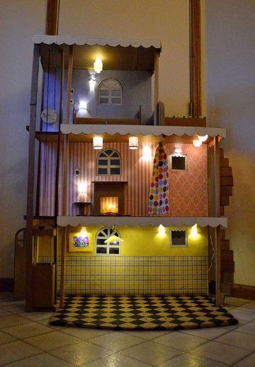 como hacer casas de muñecas de carton