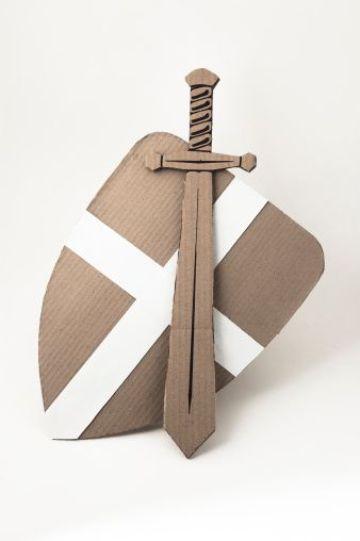 espadas hechas de carton ideas