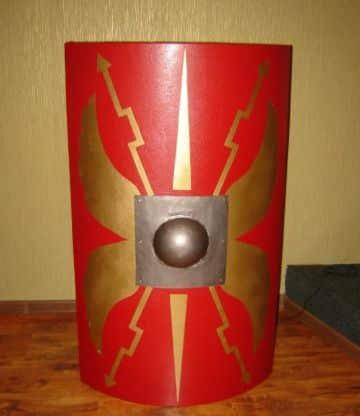 manualidades de escudos romanos de carton