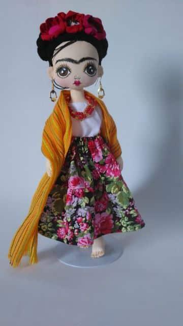 muñecas de trapo de frida kahlo hechas a mano