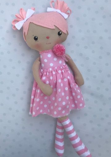 sencillas muñecas de trapo hechas a mano