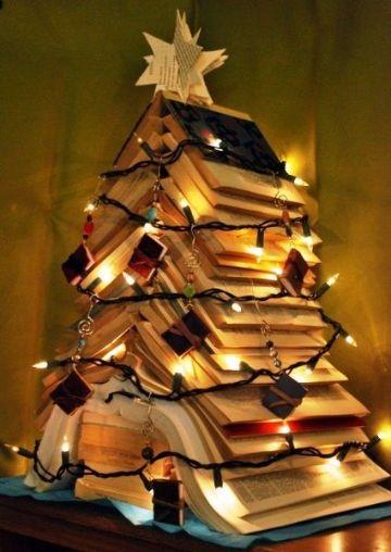 4 ideas de arbol de navidad con libros