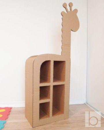 como hacer estantes de carton para niños