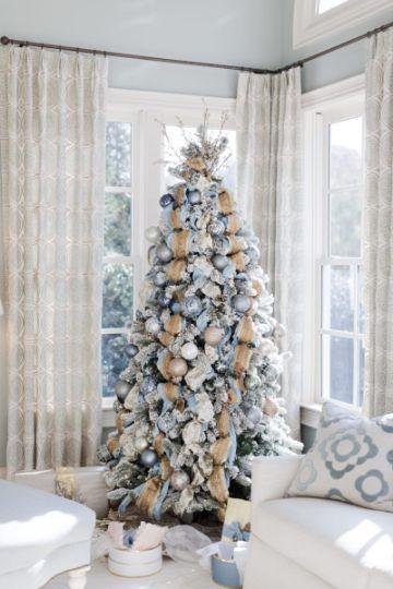arbol de navidad azul y dorado para la casa