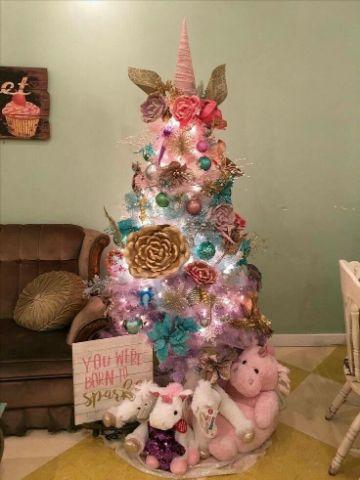 arbol de navidad de unicornio departamento