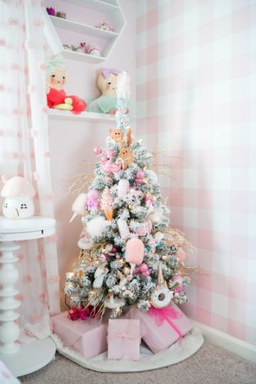 arbol de navidad de unicornio para departamento