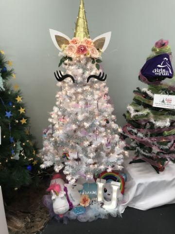 arbol de navidad de unicornio pequeño