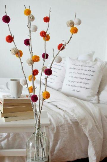 decoracion con pompones de lana sencillas