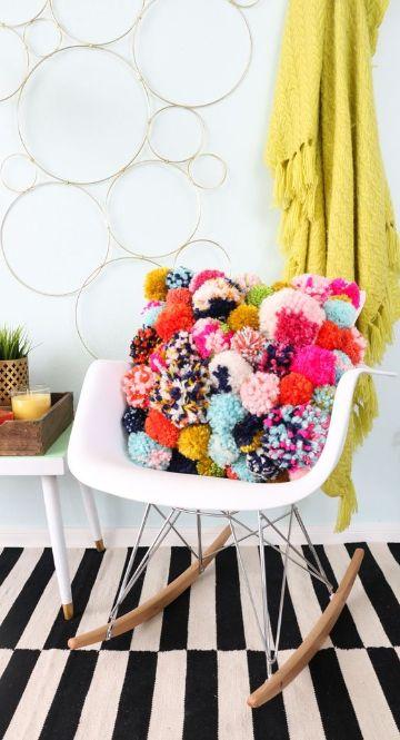 ideas con pompones de lana en casa