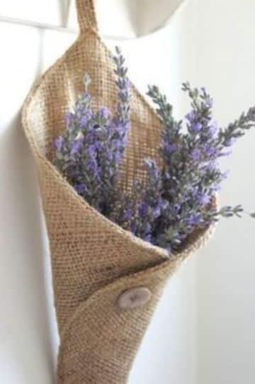 manualidades con arpillera y lana para la cocina