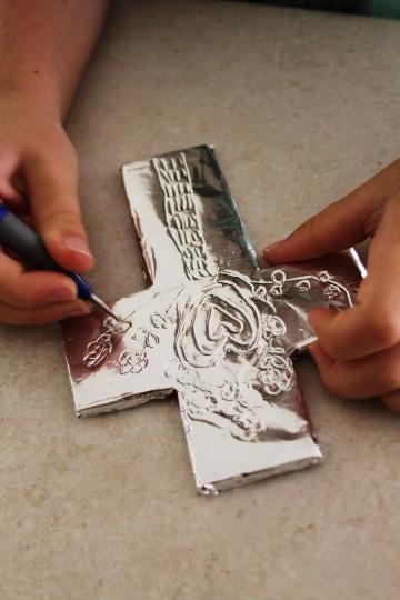 manualidades cristianas con reciclajes de papel aluminio