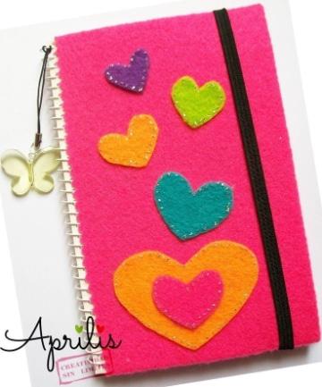 cuadernos decorados con foami para clases