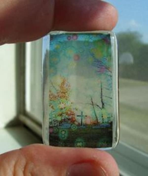cosas hechas con resina transparente