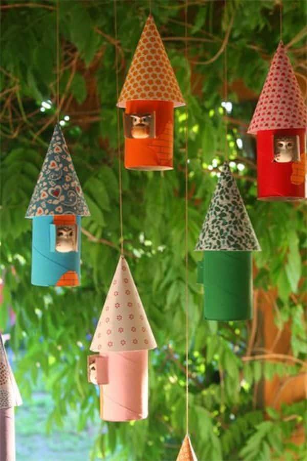 Buhos con rollos de papel para decorar