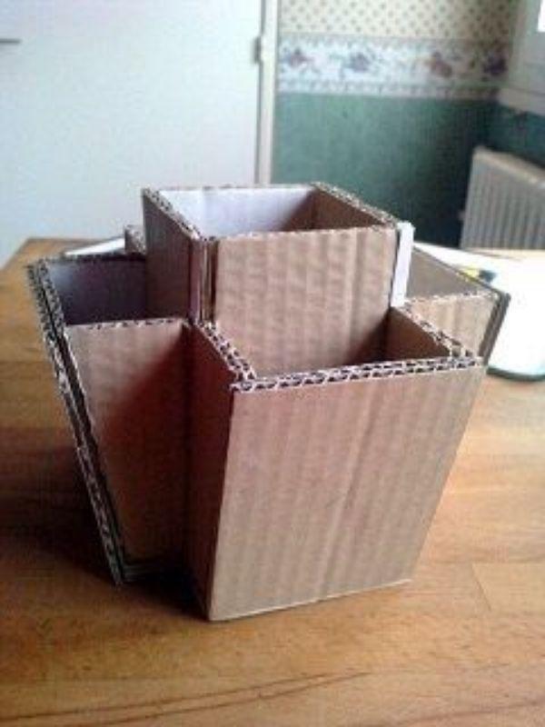 cosas hechas con carton para la oficina